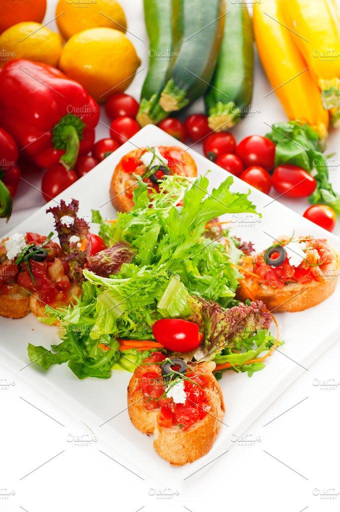 Italian bruschetta and fresh salad 02.jpg - Food & Drink