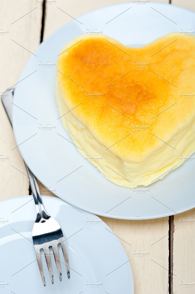 heart shape cheesecake 002.jpg - Food & Drink