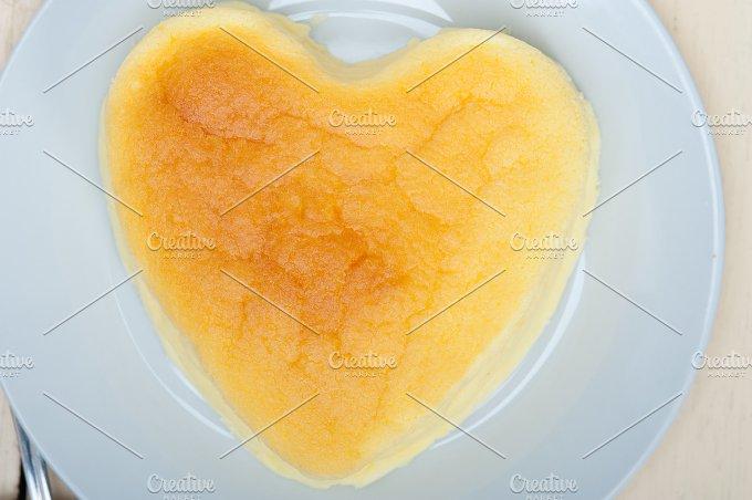 heart shape cheesecake 008.jpg - Food & Drink