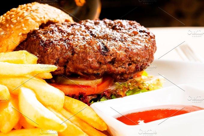 hamburger sandwich 11.jpg - Food & Drink