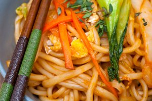 hand pulled ramen noodles and vegetables 029.jpg