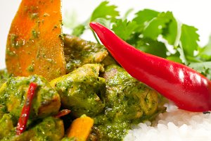 green curry chicken and vegetable stew with rice 03.jpg