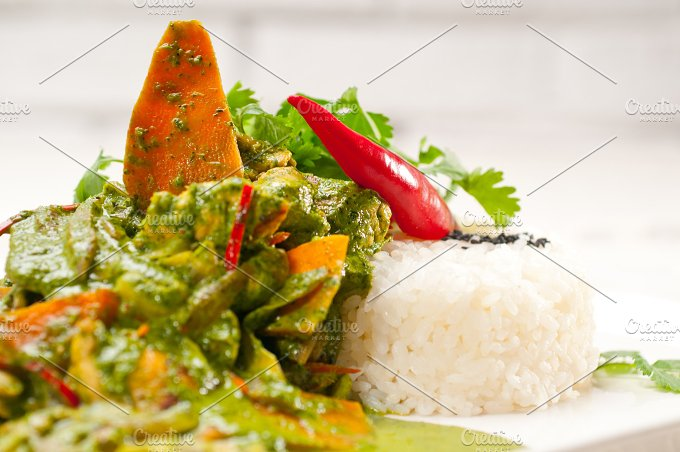 green curry chicken and vegetable stew with rice 04.jpg - Food & Drink