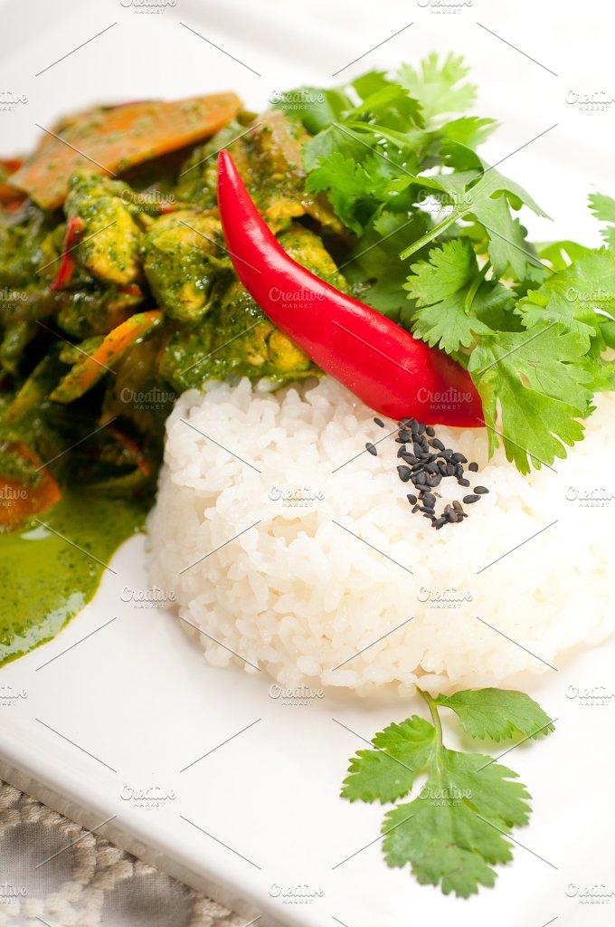 green curry chicken and vegetable stew with rice 08.jpg - Food & Drink
