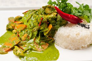 green curry chicken and vegetable stew with rice 10.jpg