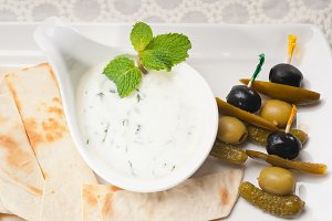 Greek Tzatziki yogurt dip 03.jpg