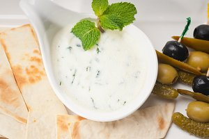 Greek Tzatziki yogurt dip 04.jpg