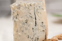 gorgonzola cheese 10.jpg