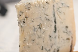 gorgonzola cheese 11.jpg
