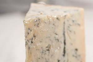 gorgonzola cheese 12.jpg