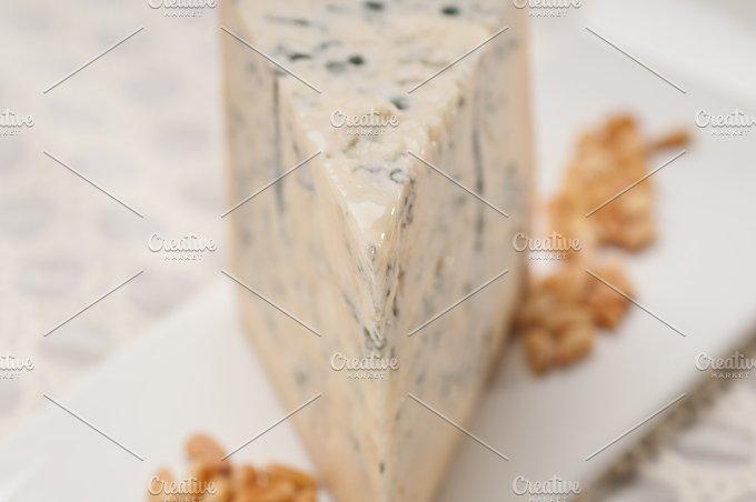 gorgonzola cheese 14.jpg - Food & Drink