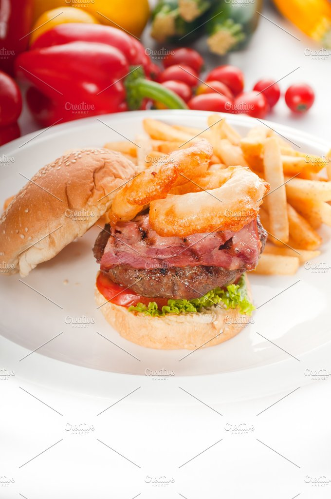 gorgeous hamburger sandwich 01.jpg - Food & Drink
