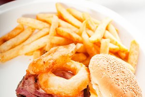 gorgeous hamburger sandwich 13.jpg