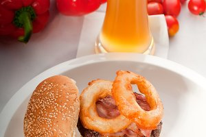 gorgeous hamburger sandwich 16.jpg