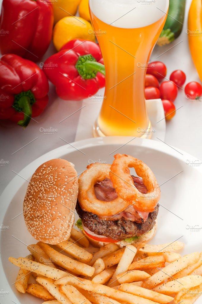gorgeous hamburger sandwich 16.jpg - Food & Drink