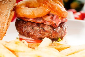 gorgeous hamburger sandwich 18.jpg