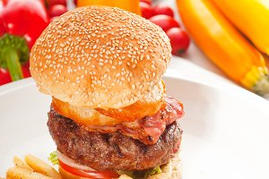 gorgeous hamburger sandwich 29.jpg