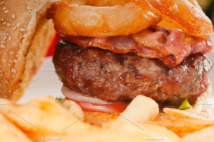 gorgeous hamburger sandwich 28.jpg - Food & Drink