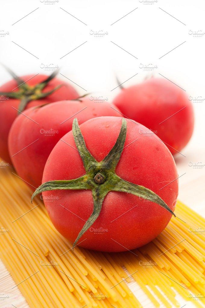 fresh tomato and italian pasta 16.jpg - Food & Drink