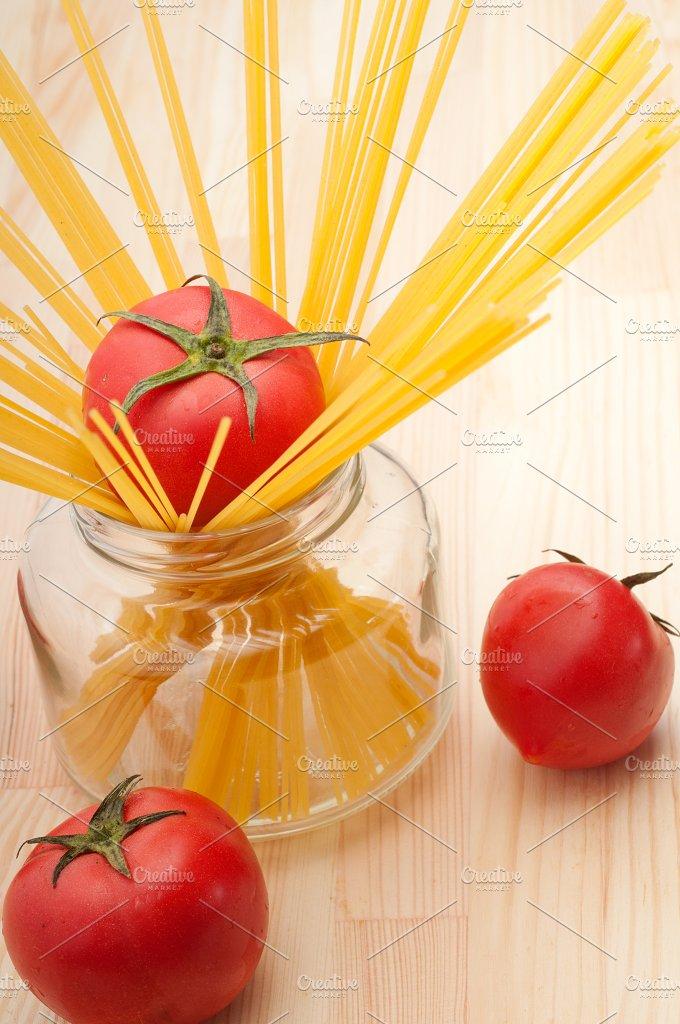 fresh tomato and italian pasta 21.jpg - Food & Drink