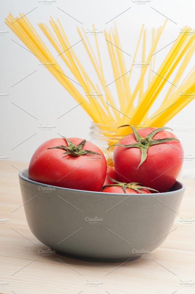 fresh tomato and italian pasta 31.jpg - Food & Drink