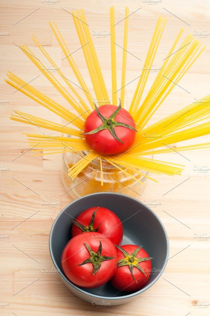fresh tomato and italian pasta 34.jpg - Food & Drink