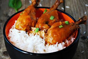 Orange chicken thighs with rice