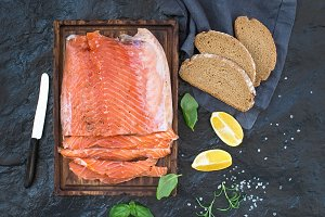 Smoked salmon fillet with lemon