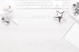Christmas desktop - white mockup