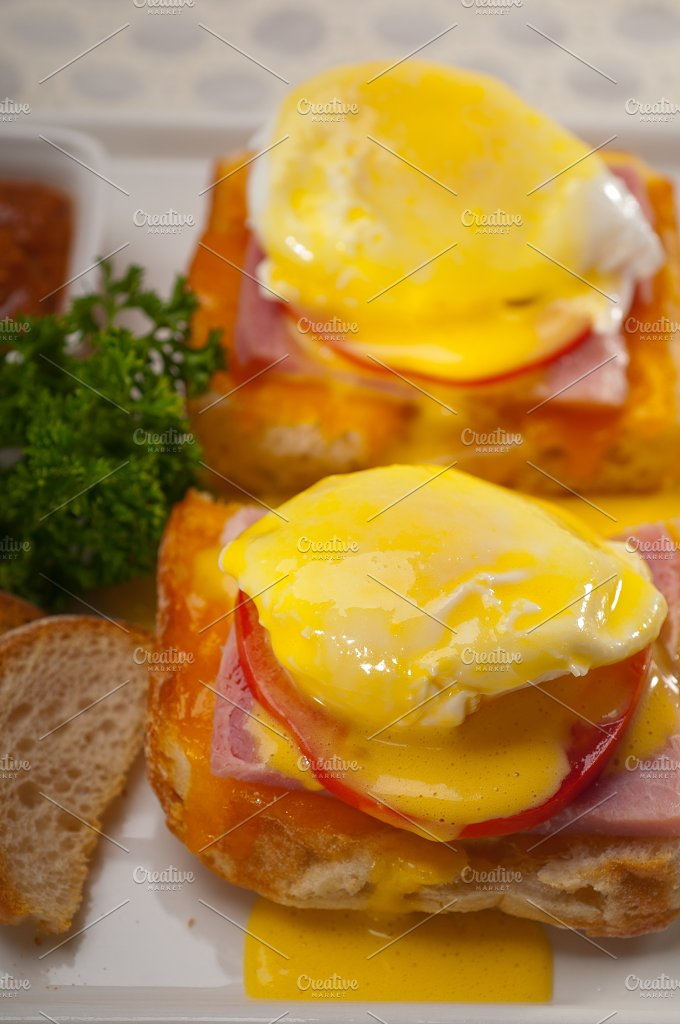 eggs benedict sandwich 14.jpg - Food & Drink