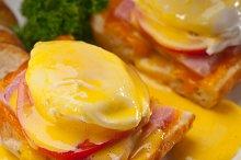 eggs benedict sandwich 20.jpg