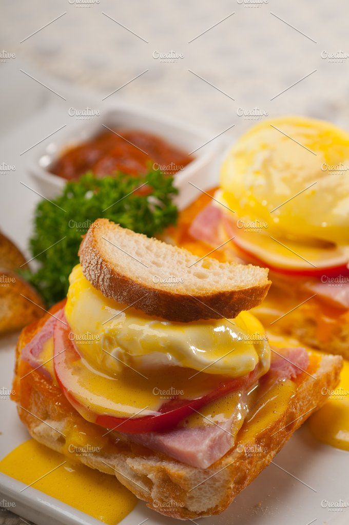 eggs benedict sandwich 28.jpg - Food & Drink