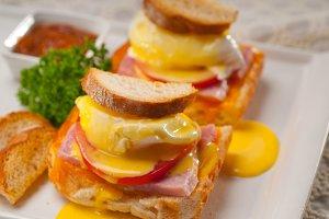 eggs benedict sandwich 30.jpg