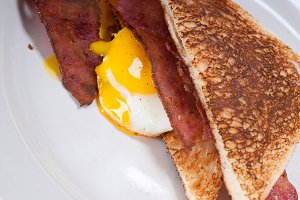 eggs bacon and toast 21.jpg