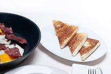 eggs bacon and toast 02.jpg