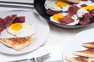 eggs bacon and toast 14.jpg