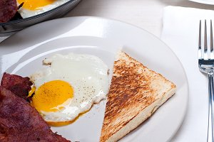 eggs bacon and toast 17.jpg