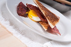 eggs bacon and toast 20.jpg