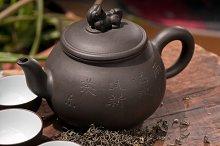 chinese green tea set.jpg