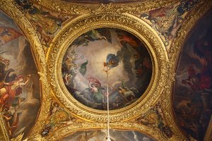 painted ceiling of versailles
