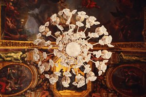 chandelier of versailles