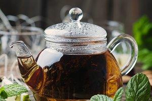 Hot black tea with lemon