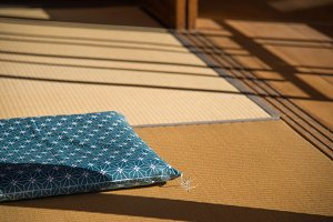 Tearoom cushion