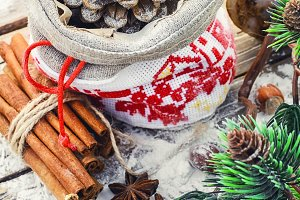 Christmas bag with pine cones