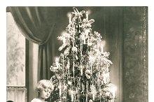 Happy kids with christmas tree