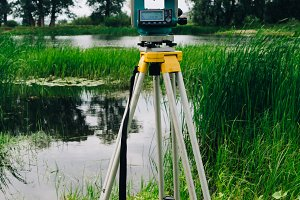 surveying equipment total station