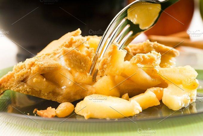apple pie.jpg - Food & Drink