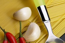 pasta aglio olio e peperoncino 3.jpg