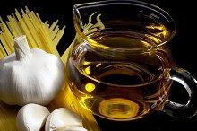 pasta aglio olio e peperoncino.jpg