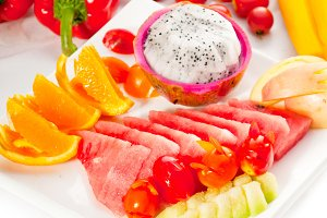 mix fruits platter and vegetables01.jpg